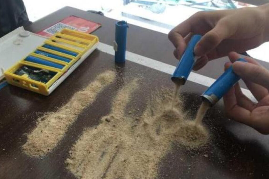 power bank made with sands